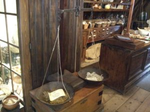 Old Operating Theatre - Weighing scales