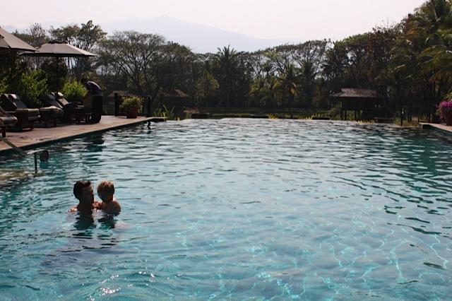 Four Seasons CM Pool