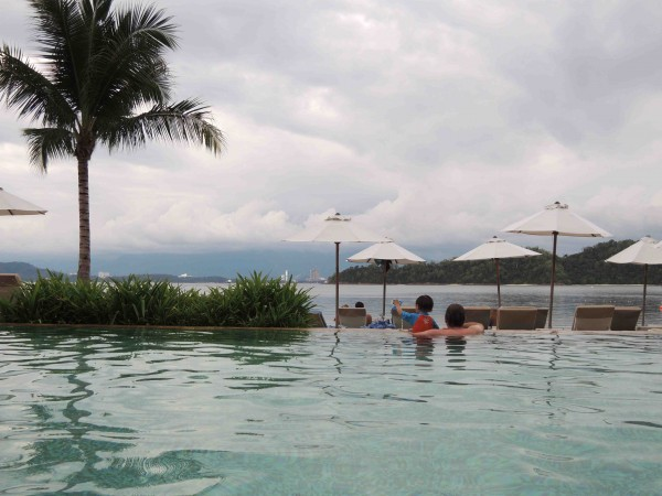 Gaya Island - Pool View - Shrink