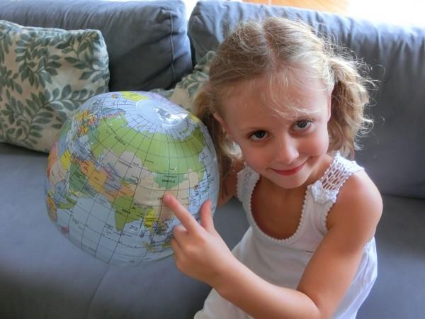 Daisy & China globe
