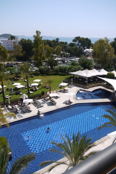ATTWAH - Ibiza Pool