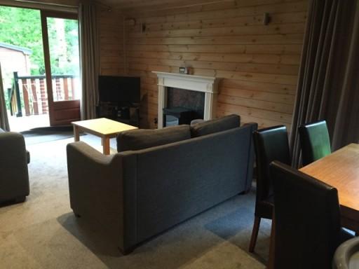 Sandy Balls - Lounge