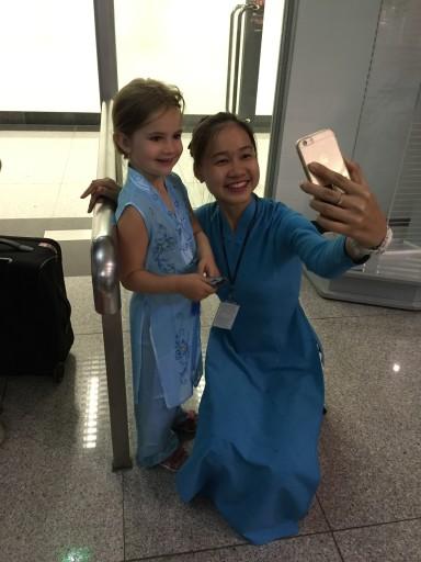 Scarlett & air hostess